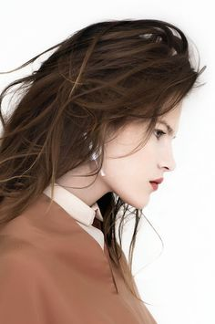 Swan Collar x Atelier Atu www.atelier-atu.ro