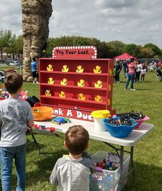 Duck Shooting Gallery Target Gallery Dunk a Duck Game Lawn Game Carnival Games Backyard Game C Carnival Birthday Parties, Circus Birthday, Birthday Party Games, Spy Party, Lawn Party, Circus Theme, Carnival Booths, Carnival Themes, Homemade Carnival Games