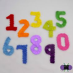 These numbers were made to go with the Birthday Party Hat pattern. Of course, they can be used for any project! Crochet Puff Flower, Crochet Flower Patterns, Crochet Patterns Amigurumi, Crochet Motif, Crochet Flowers, Hat Crochet, Pattern Flower, Crochet Appliques, Hat Patterns