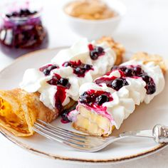 Image in Food 🍰 collection by Cassandre on We Heart It New Recipes, Cooking Recipes, Healthy Recipes, Ukrainian Recipes, Magic Recipe, Dessert Decoration, Decorations, Breakfast Menu, Sweet Tooth