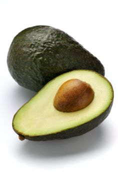 AVOCADO - (also eat the seed - cut it into small pieces and blend with other fruit) - Contain compounds that appear to inhibit and destroy oral CANCER cells. What You Need to Know About Avocado Seed and How to Use it: Foods For Healthy Skin, How To Stay Healthy, Healthy Eating, Healthy Recipes, Healthy Heart, Healthy Fats, Yummy Recipes, Benefits Of Eating Avocado, Avocado Health Benefits
