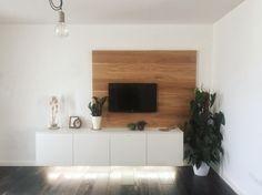 #interiordesign #homedecor #soggiorno #white #wood #lafaenza #tv #green #design
