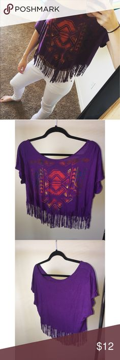 Fringe Top Great condition! Cute worn over the shoulder! Tops Blouses