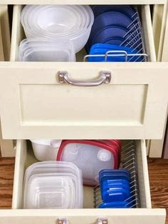 Top This Top That: Why didn't I think of that ~ Edition 2 CD rack to hold Tupperware lids
