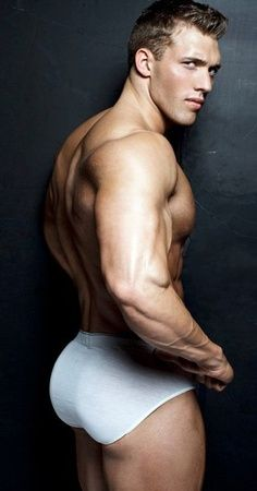 Gayman Muscle 81