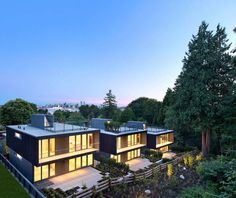 3 Cascading Houses in Canada Offer Both Privacy and Transparency - http://freshome.com/cascading-houses-in-canada/