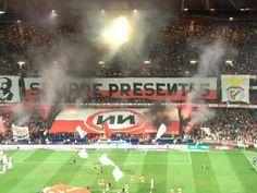 Benfica Ultras- No Name Boys Sempre Presentes- ИИ Ultras Football, All Planets, No Name, Big Love, Football Fans, Lisbon, Foto E Video, Location History, Basketball Court