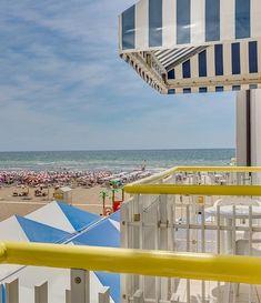 Hotel Edera, Caorle Ponente, dovolená v Itálii, ubytování u moře, přímo na pláži. Pokoje s balkonem, výhled na moře, snídaně nebo polopenze, klimatizace, wifi, plážový servis. Opera House, Building, Travel, Italia, Viajes, Buildings, Destinations, Traveling, Trips