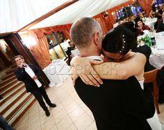 TENERI ABBRACCI SULLE NOTE DI UN LENTO a Danilo Mecozzi Photographer #location #matrimonio