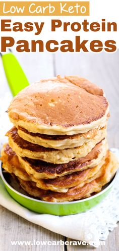 The Best Low Carb Keto Protein Pancakes Easy Fluffy Low Carb Keto Protein Pancake Recipe (Gluten free, sugar-free and Paleo-friendly). The perfect breakfast recipe to get your daily source of protein. Also makes a great snack or dessert! Easy Protein Pancakes, Protein Powder Pancakes, Keto Protein Powder, Tasty Pancakes, Best Keto Breakfast, Perfect Breakfast, Breakfast Recipes, Breakfast Ideas, Breakfast Casserole