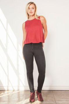 Selena Cropped Muscle Tank Pomegranate Flax
