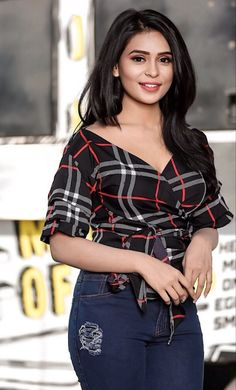 Indian Model Trendy Outfit Beautiful Girl Indian, Beautiful Girl Image, Most Beautiful Indian Actress, Beautiful Women, Stylish Girl Images, Stylish Girl Pic, Beautiful Bollywood Actress, Beautiful Actresses, Beauty Full Girl