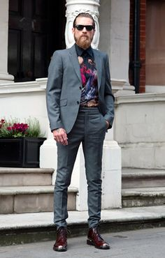 Justin O'Shea. Killing it again with the printed button down and well tailored, slim suit, sans belt. When you're that bad ass, you don't need a belt. Fuck belts. #SubsceneStyle    {Reblogged from FashionBeans}