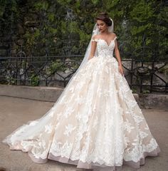 Cheap vestido de noiva, Buy Quality de noiva directly from China lace wedding gown Suppliers: Short Sleeve Lace Wedding Dress Off Shoulder Bridal Bride Lace Wedding Gowns vestido de noiva Boho Wedding Gown, Long Wedding Dresses, Wedding Bride, Bridal Dresses, Wedding Dress Styles, Red Wedding, Ivory Wedding, Modest Wedding, Wedding Ideas