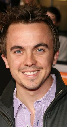 """Frankie Muniz, Actor: Malcolm in the Middle. Frankie was born in Wood-Ridge, New Jersey, to Denise, a nurse, and Francisco Muniz III, a restaurateur. His father is of Puerto Rican heritage and his mother is of Irish and Italian descent. Frankie was home-schooled since Grade Six. He started his acting career performing the role of Tiny Tim in """"A Christmas Carol"""" for three years. Nominations for his performances include """"The Hollywood ..."""
