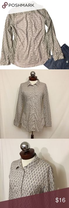 Crochet back boho American rag cotton top M Crochet back boho American rag cotton oxford M  SIZE M  Excellent condition!   Cotton. Two breast pockets. Open knit, sheer crochet back.   Bust 38 length 27 American Rag Tops Button Down Shirts