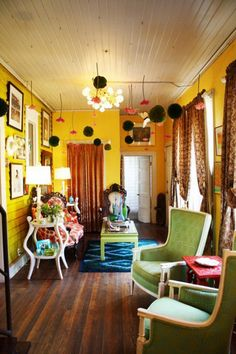 Great Idea 50+ Beautiful Wes Anderson Decor Ideas To Make Eye-Catching Home http://goodsgn.com/design-decorating/50-beautiful-wes-anderson-decor-ideas-to-make-eye-catching-home/