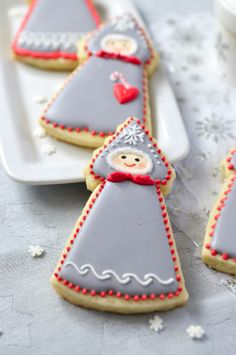 Adorable Winter Doll Cookies