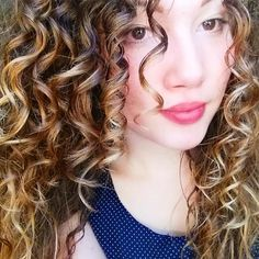 Korine showed us this wash-n-go look on Twitter last week, and we had to feature her. She's been using DevaCurl for just one month and look at her results! Korine's PathToHappyCurls is No-Poo, One Condition, Styling Cream and Light Defining Gel. Her curls look so effortless! We featured Korine on FB August 31, 2015