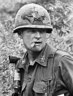 United States Army Lieutenant Colonel Hal Moore in command of the Battalion Cavalry Regiment at the Battle of Ia Drang in Military Veterans, Military Men, Vietnam Veterans, Military History, Battle Of Ia Drang, Vietnam War Photos, Vietnam History, My War, North Vietnam