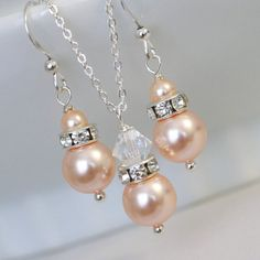 Peach Pearl Jewelry Set, Swarovski Peach Pearl Necklace and Earring Set, Bridesmaid Jewelry Set, Bridesmaid Gift, Wedding Jewelry Set
