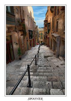 Valletta steps in Malta Peaceful Places, Wonderful Places, Beautiful Places, Places To Travel, Places To See, Travel Around The World, Around The Worlds, Malta History, Malta Gozo