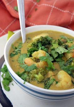 Thai Peanut Shrimp Curry - coconut, peanut butter, lime and cilantro come together to create a flavor explosion!