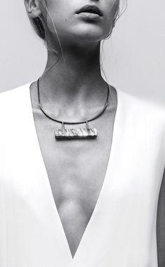 Bijoux – Tendance : Marble Bar necklace by LLY Atelier - Jewelry Bar Necklace, Jewelry Necklaces, Pendant Necklace, Marble Necklace, Engraved Necklace, Jewelry Box, Minimal Jewelry, Modern Jewelry, Photo Jewelry