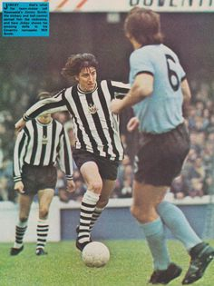 Coventry City 2 Newcastle Utd 2 in Sept 1973 at Highfield Road. Jimmy Smith on the ball Jimmy Smith, Newcastle United Fc, Coventry City, 2 In, The Past, Army, Football, Baseball Cards, 1970s