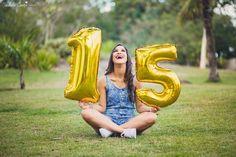 ensaio de 15 anos, debutante, em Vitória ES, Luara Barcellos, escola São Camilo de Lellis, Cobilândia, fotos de aniversário de 15 anos em Vila Velha, cerimonial Allegro Birthday Photography, Girl Photography Poses, Tumblr Photography, Creative Photography, Cute Birthday Pictures, Birthday Photos, Quince Pictures, Sweet 16 Photos, Quinceanera Photography