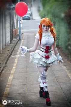 "JinxKitte cosplay ❤️ ""Can you smell the circus, Georgie?""... Finally PENNYWISE! <3"
