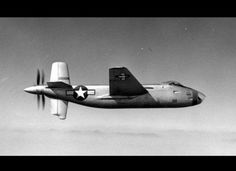 On a du mal à croire que ces avions ont existés! À première vue, ce bombardier de 1944 n'a rien d'étrange. Il était pensé pour voler plus vite et possède une hélice placée à la queue.