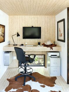 Modern Home Office #ManCave Design, Pictures