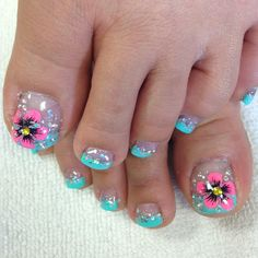 """Enjoying glitter and flowers on toes "" Photo taken by @professionalnailss on Instagram, pinned via the InstaPin iOS App! http://www.instapinapp.com (05/07/2015)"