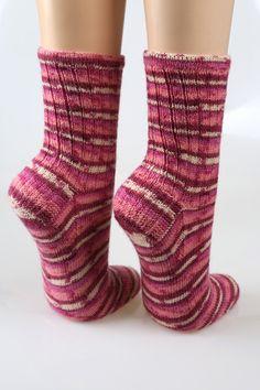 Socken - Handgestrickte Socken Gr. 40/41 - ein Designerstück von neuehobbytheke bei DaWanda