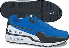 Nike pulli More