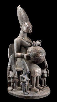"""Africa   Ritual bowl """"agere ifa"""" from the Yoruba people of Nigeria   Wood, dark brown patina"""