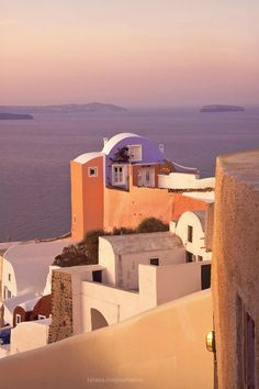 Full Feeling Simplicity | location54: Santorini || Source || Location54
