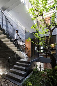 0142 (FILEminimizer) Cement Patio, Patio Wall, Concrete Cement, Patio Roof, Diy Patio, Backyard Patio, Vietnam Area, Tropical Architecture, Interior Architecture