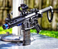 Sick pistol build Military Weapons, Weapons Guns, Airsoft Guns, Guns And Ammo, Ar15 Pistol, Custom Guns, Assault Rifle, Cool Guns, Coups