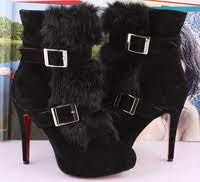 boots with the fur <3