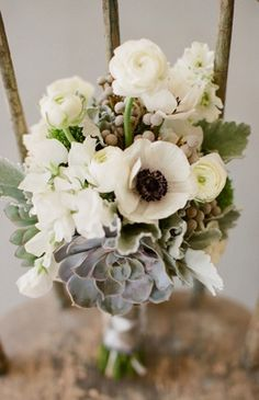 bouquets, flowers, black, bold, wedding, white