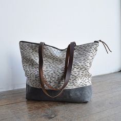 Zip Tote by Book Houat Home