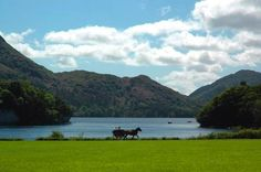 Ireland Scenery.  See much more at http://irish-expressions.com/pictures-of-ireland.html