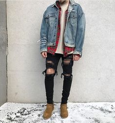 We have an idea for you: swag outfits for guys! Here are the best 20 outfits. Grunge Outfits, Swag Outfits Men, Stylish Mens Outfits, Hip Hop Outfits, Cool Outfits, Casual Outfits, Men Casual, Jean Outfits, 90s Outfit Men