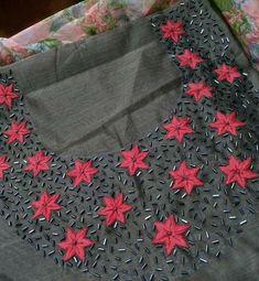 Kurti Embroidery On Kurtis, Kurti Embroidery Design, Hand Embroidery Dress, Embroidered Lace Fabric, Bead Embroidery Patterns, Embroidery Works, Embroidery Fashion, Beaded Embroidery, Churidhar Designs