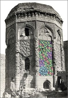 The Gunbad-i Kabud tomb in Maragha, Iran, overlaid with a color reconstruction of the original brick pattern on one of the tomb's panels. The wondrously intricate tile mosaics show a mastery of geometry not matched in the West for hundreds of years.