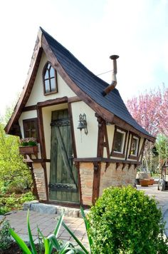 1000 images about cabane enfant on pinterest pallet for Cabane de jardin originale