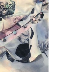 Estampas exclusivas by #inverno 2017 @modaourovelho.  📱@modaourovelho 🌐www.modaourovelho.com    -------------------------------  #delicado #print #ourovelho #modaourovelho #lookbook #atacado #varejo #modamineira #mulhermoderna #bemvestida #boutique #modafeminina #inverno2017