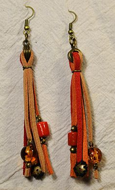 Navaho red/orange earrings by UvaSpina on Etsy, €15.00
